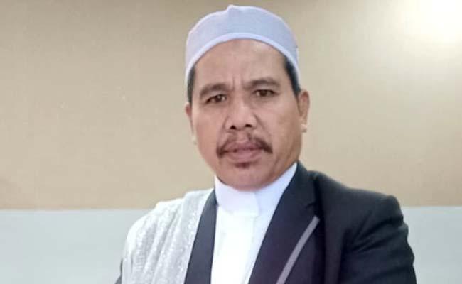 KH Moch Nur Kholili Mubaligh Kondang. (H Mansyur Usman/Memontum.Com)